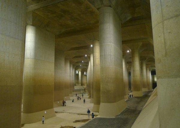 Токийский противопаводковый коллектор, который защищает город от наводнений