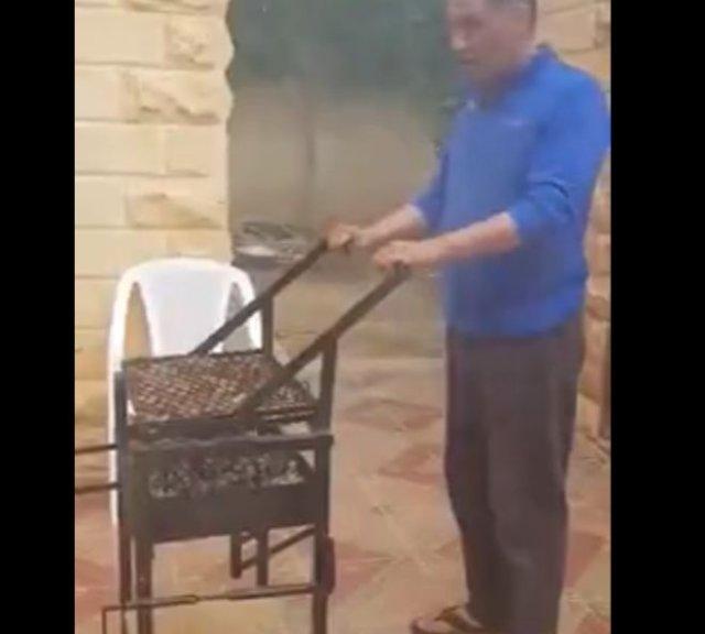 Интересное приспособление для любителей шашлыков