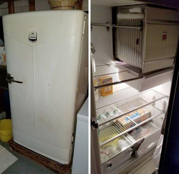 Сегодня увидел старый холодильник Hotpoint 1948 года выпуска, который вполне себе еще работает