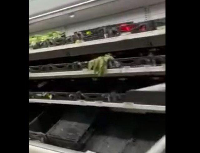 Как сейчас выглядят полки магазинов в Техасе, на который обрушились морозы