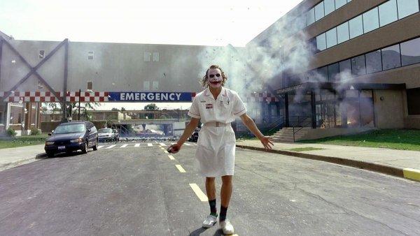 Взорванная больница из «Тёмного рыцаря» (2008)
