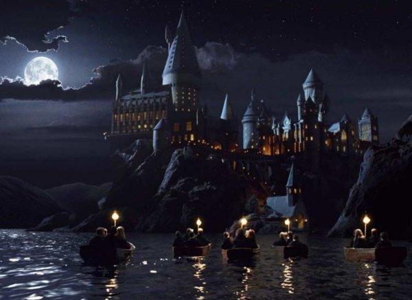 Хогвартс из серии фильмов о Гарри Поттере