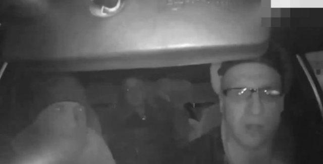 """""""Ты голос не повышай!"""": Типичный диалог таксиста и пассажира в Магнитогорске"""