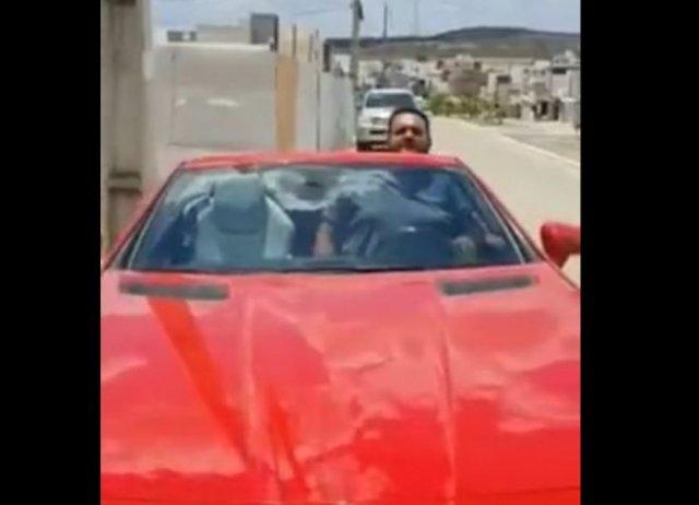 Парень купил крутую машину, но зря отказался от тест-драйва
