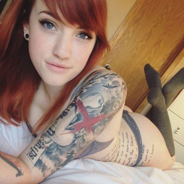 Девушки, которые любят татуировки