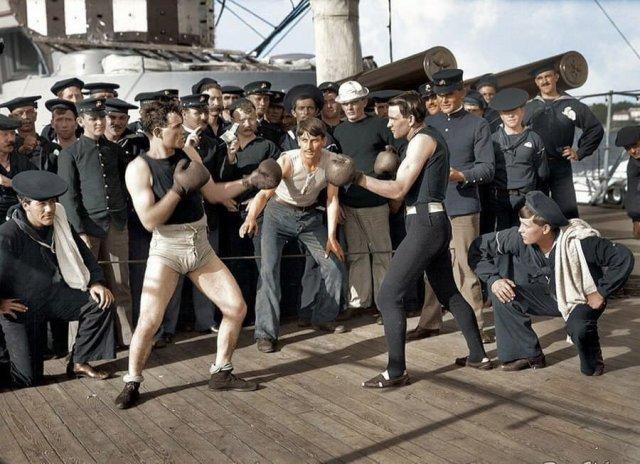 """Боксёрский матч на крейсере """"Нью-Йорк"""", 3 июля 1899 г."""