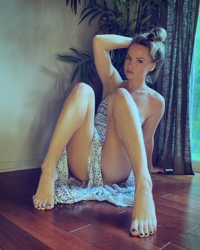 Тори Блэк (Tori Black) - известная актриса фильмов для взрослых ищет себе мужа