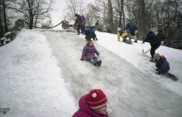 Просто счастливое детство, Россия, 1997 год.