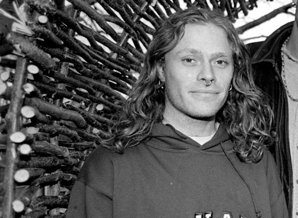 Кит Флинт (Prodigy) с длинными волосами