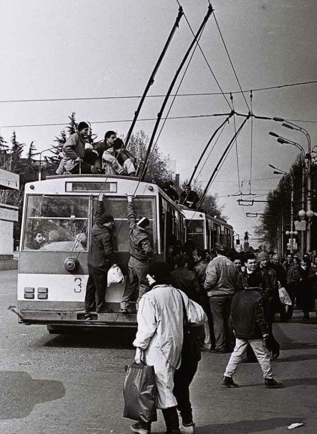Тбилиси. Грузия, 90-е.