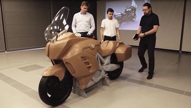Минпромторг показал первый прототип электромотоцикла Aurus