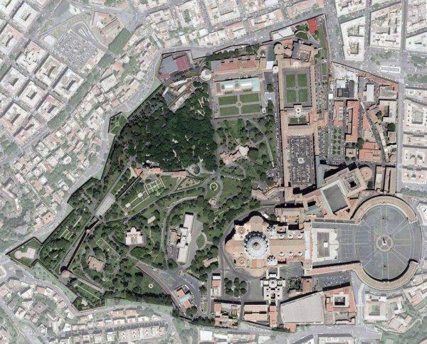 Снимок Ватикана со спутника