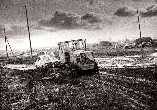 Свадебный кортеж, Челябинская обл., Россия, 1990-е.