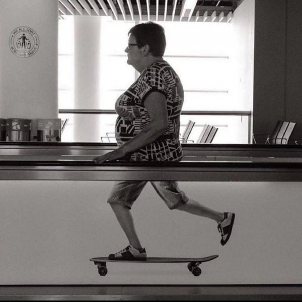 Бабушка-скейтер