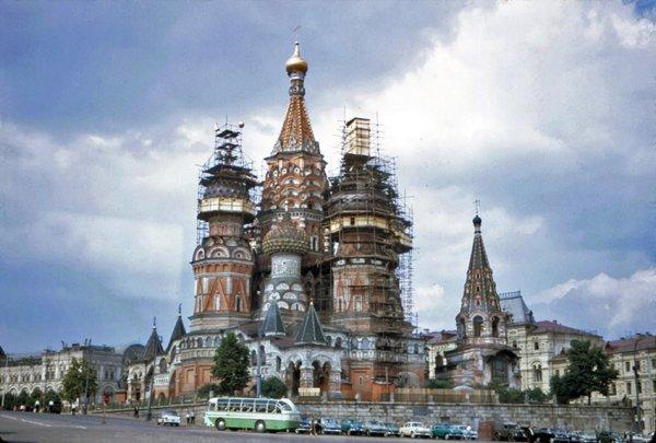 Реставрация храма Василия Блаженного. Москва, 1967 год