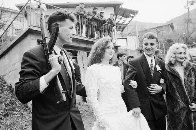 Свадьба во время Боснийской войны, Республика Босния и Герцеговина, 1995 год.