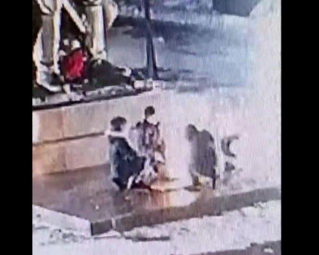 В Татарстане детишки сожгли памятник Воину-освободителю