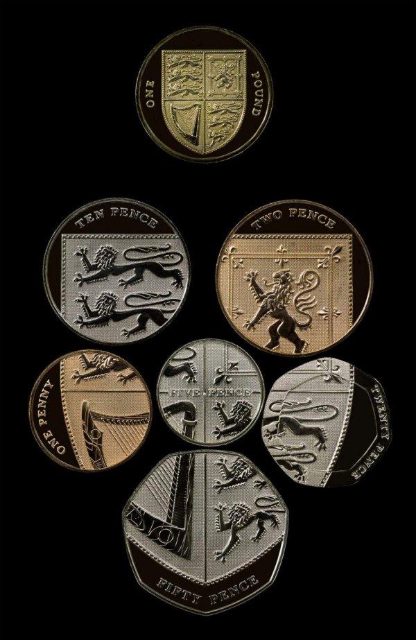 Монеты британских пенсов