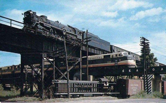 Трёхуровневое пересечение железных дорог в г. Ричмонд, штат Вирджиния, США, 1950 г.