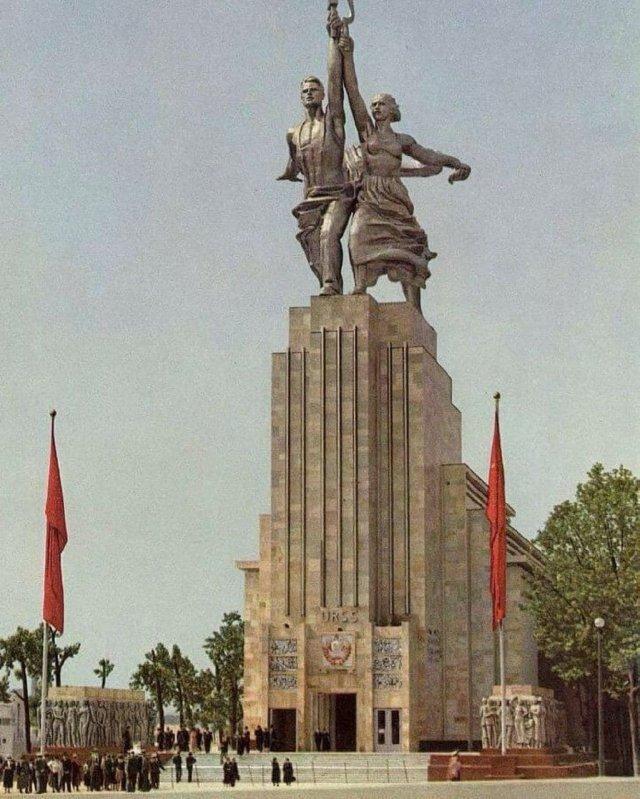 Павильон СССР на Всемиpнoй выставке в Париже, 1937 год