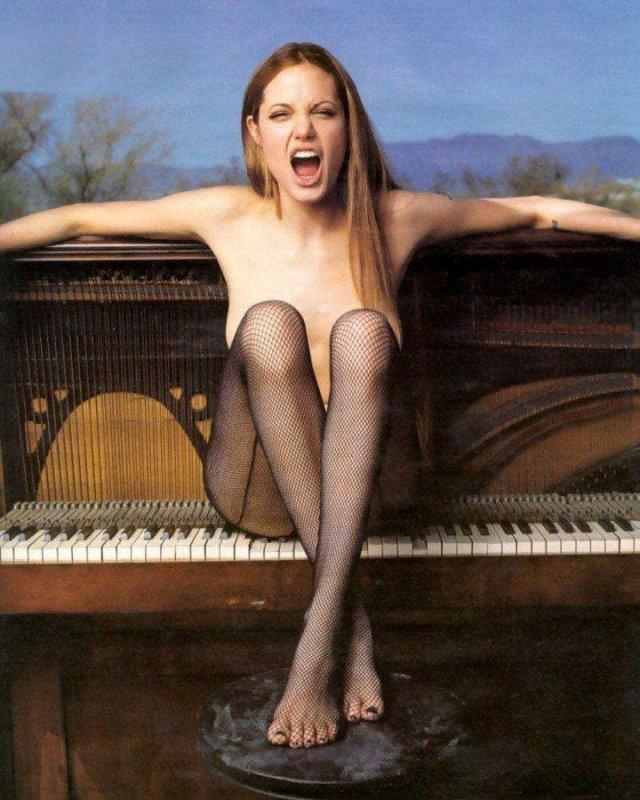 Анджелина Джоли, 1999 год.
