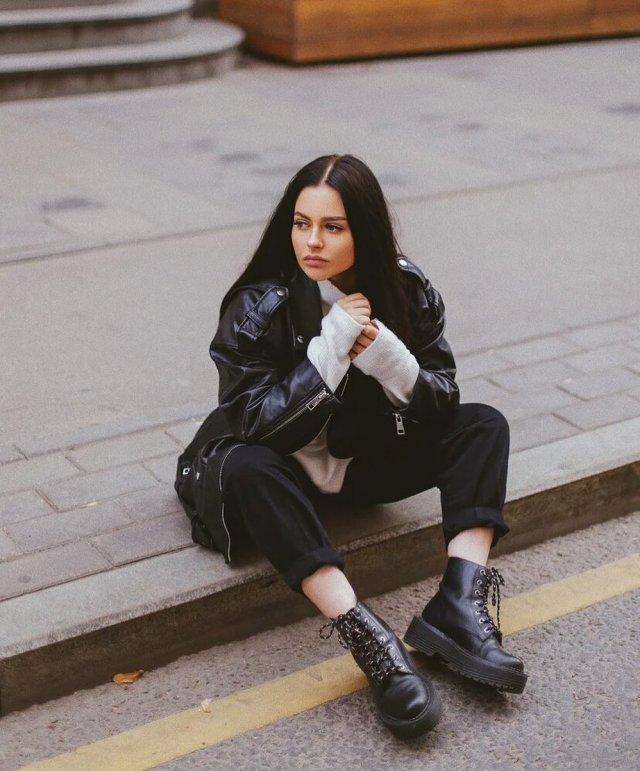 Анна Маковская - любовница Давида Манукяна, на которую он променял Ольгу Бузову в черной кофте на асфальте