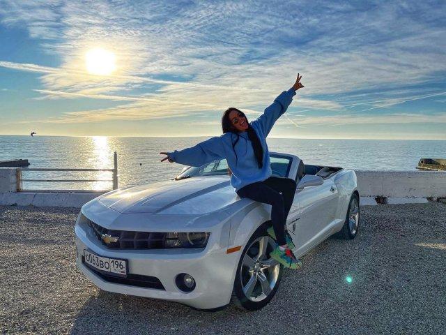 Анна Маковская - любовница Давида Манукяна, на которую он променял Ольгу Бузову на Chevrolet Camaro на берегу