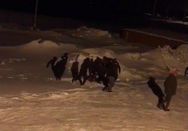 В вахтовом поселке в Мурманской области подрались 100 рабочих из-за проблем с питанием