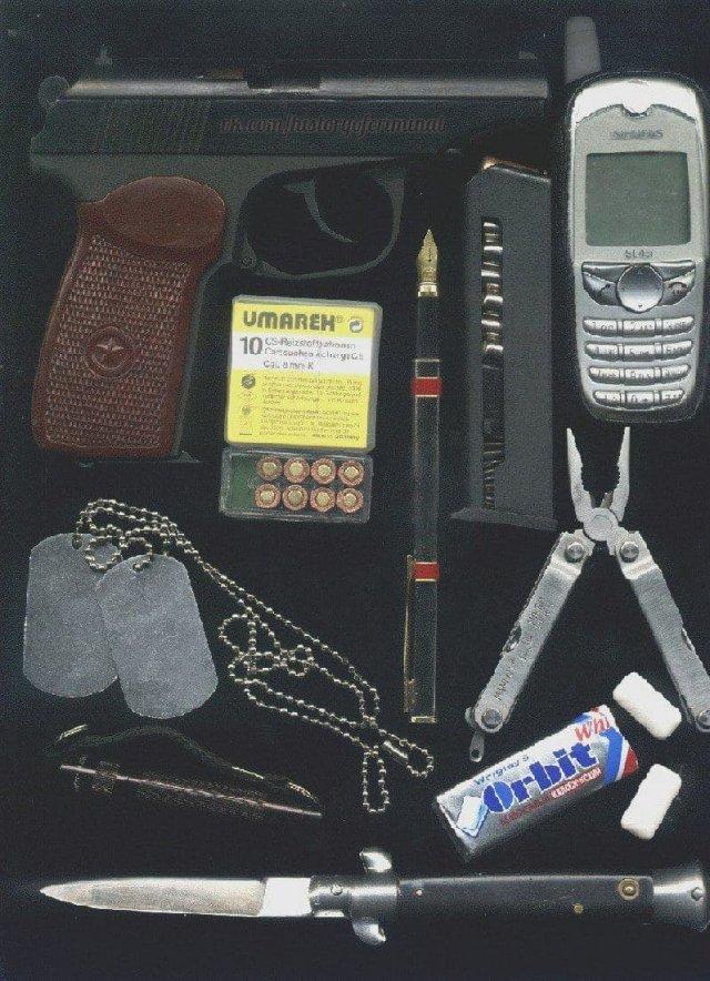 Набор молодого бандита конца 90-х - 2000-х годов.