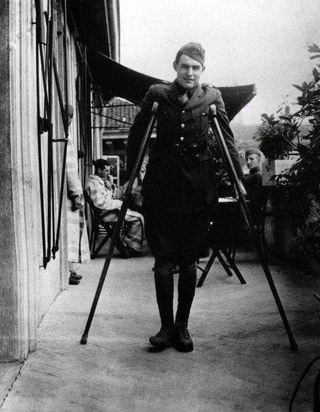Раненный Хемингуэй в Милане, 1918 год