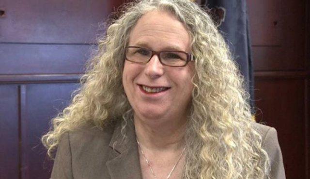 Женщина-трансгендер Рейчел Левин утверждена на пост помощника министра здравоохранения США