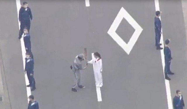 Факел Олимпийского огня погас в первый же день эстафеты в Японии