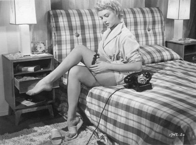 Кэтлин Хьюз - американская актриса, секс-символ 50-х годов прошлого века.