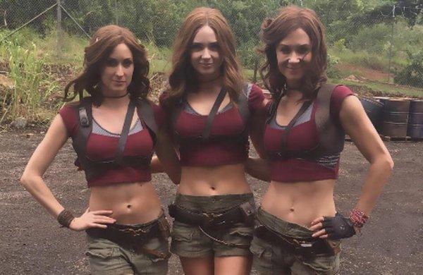 Актриса Карен Гиллан и её дублёрши на съёмках «Джуманджи: Зов джунглей