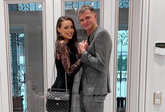 Жена футболиста Дмитрия Тарасова - модель Анастасия Костенко