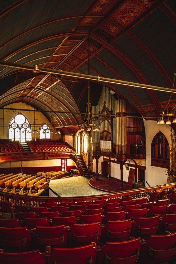 Заброшенная церковь в Новой Англии