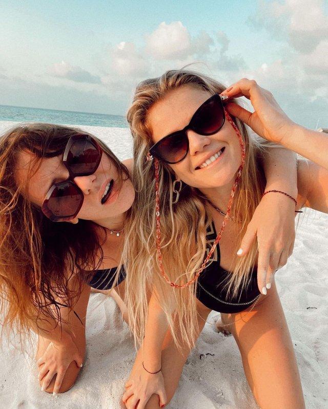 Ирина Старшенбаум на пляже