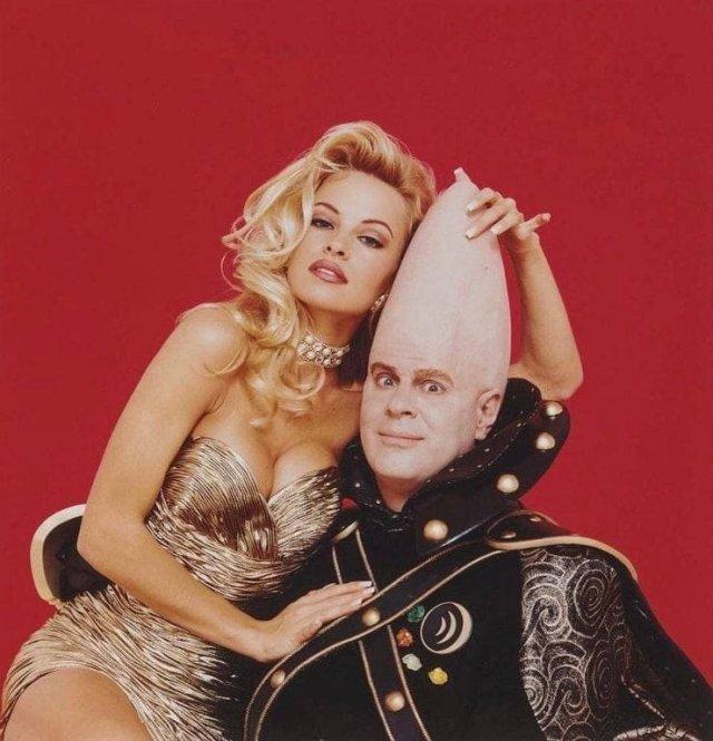 Памела Андерсон и Дэн Эйкройд, Playboy Magazine, 1993 год.