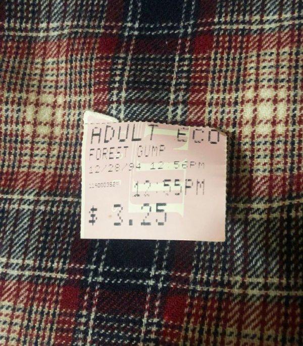"Купил рубашку в секонд-хенде, а внутри оказался билет в кино на ""Форреста Гампа"""