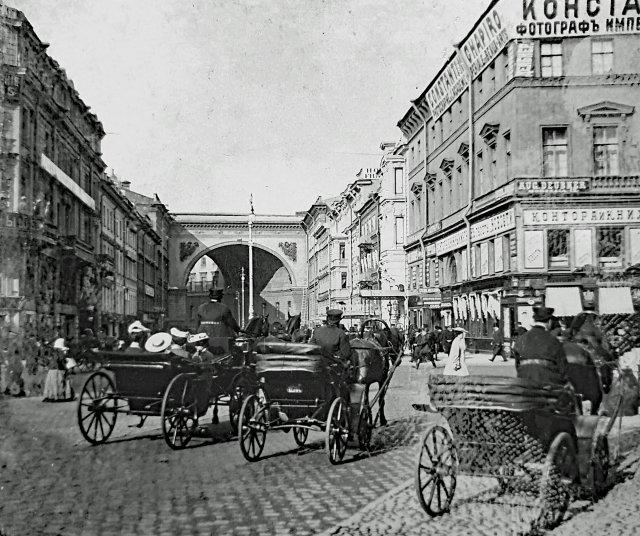 Люди на на Невском проспекте в  начале ХХ века. Часть вторая