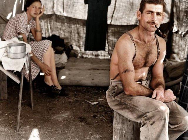 Безработные плотники, живущие в палатке. Орегон, США. Август 1939 года.