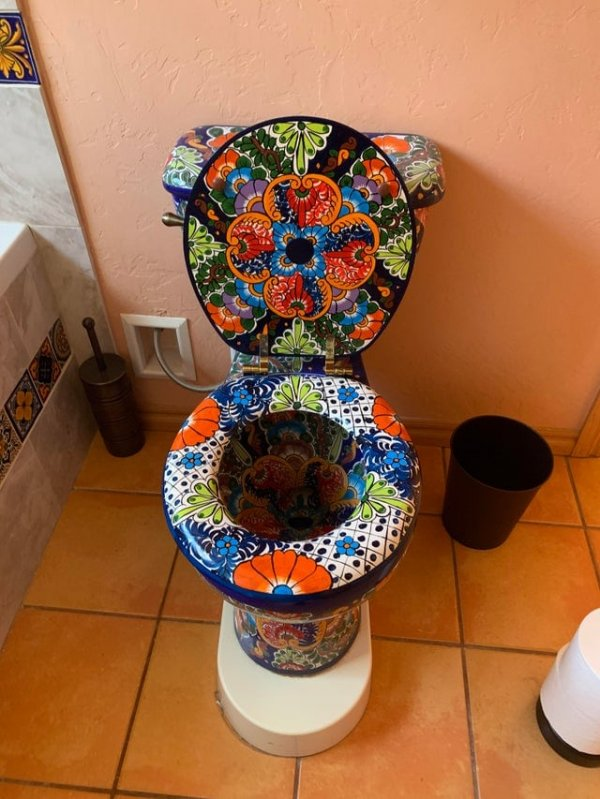 Ещё один образец туалетного искусства