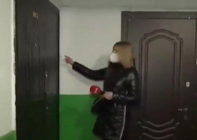 В Тернополе наглые жители многоэтажки расширили свою квартиру и заблокировали доступ к лифту