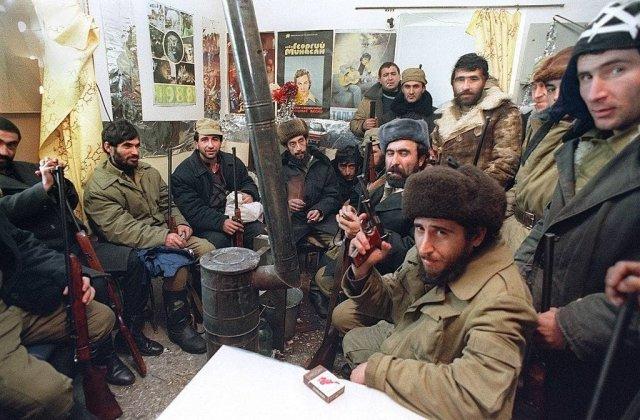 В начале января 1990 года были отмечены первые взаимные артиллерийские обстрелы на армяно-азербайджанской границе.