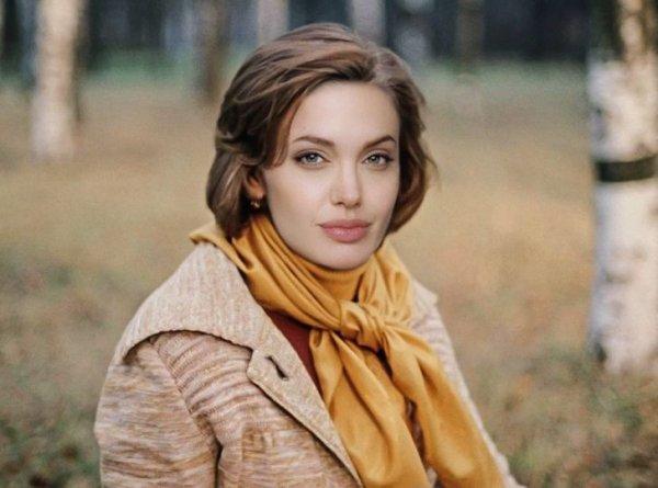 Анджелина Джоли — Катерина («Москва слезам не верит»)