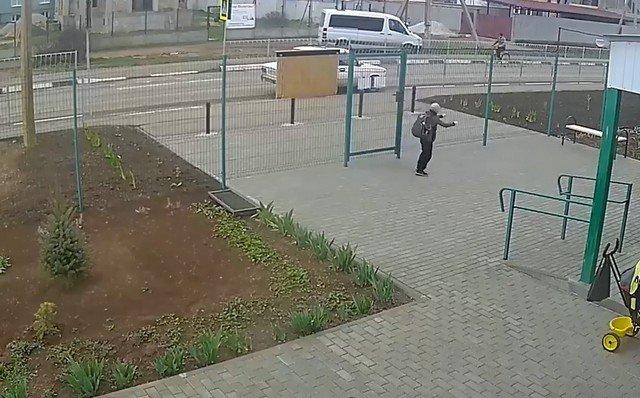 В Крыму 12-летний гонщик на иномарке сбил велосипедиста-пенсионера