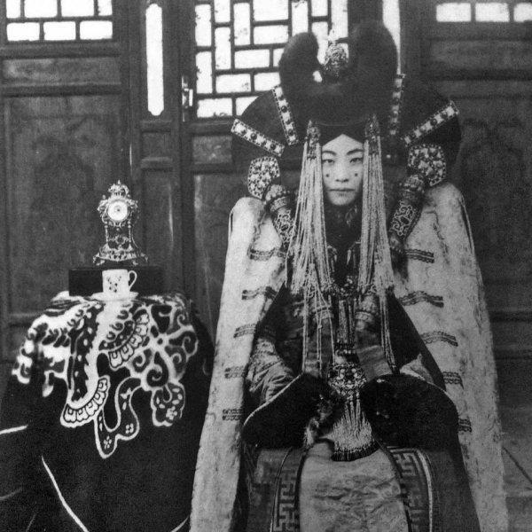 Наваанлувсангийн Гэнэнпил, последняя королева Монголии