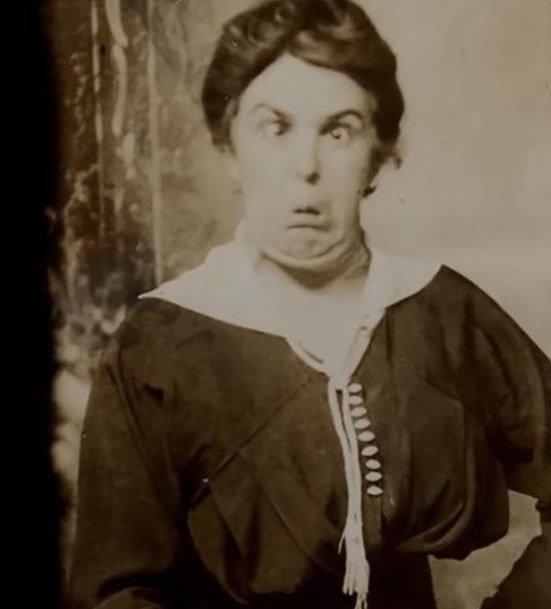 Необычный портрет дамы Викторианской эпохи
