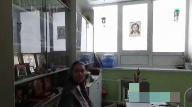 """""""Благословение на вакцинацию"""": """"причина"""" эффективности российской вакцины от коронавируса"""