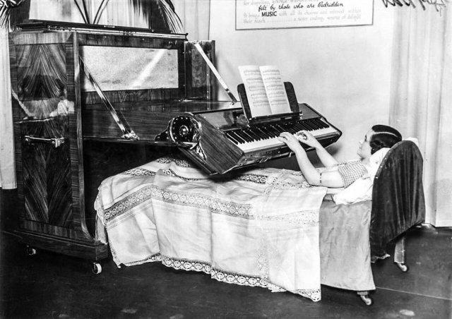 Пианино для прикованных к кровати. Великобритания, 1935 год